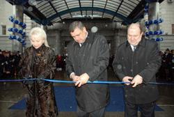 dp.uz.gov.ua: Урочисто відправлено новий поїзд до Ворохти