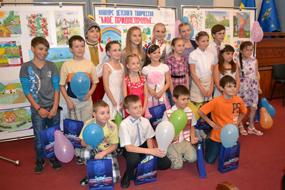 dp.uz.gov.ua: До Міжнародного дня захисту дітей на залізниці вітали обдаровану дітвору
