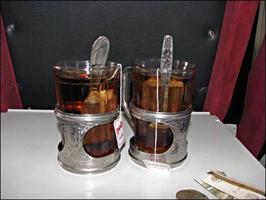 dp.uz.gov.ua: З початку року в касах залізниці пасажири замовили близько 1 мільйона склянок чаю