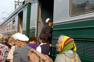 dp.uz.gov.ua: З початку року залізниця недоотримала понад 10 млн грн за приміські перевезення пільговиків
