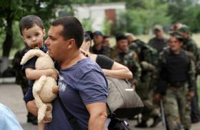 dp.uz.gov.ua: Залізничники надають допомогу особам, тимчасово переміщеним зі східних регіонів України