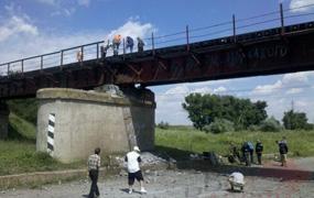 dp.uz.gov.ua: Залізничний рух через міст на 252 км перегону Оріхівська – Мала Токмачка відновлено