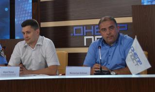 dp.uz.gov.ua: Придніпровські залізничники підвищують безпеку своїх переїздів і очікують від водіів автотранспорту дисциплінованості та обачності