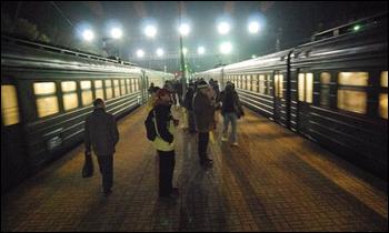 dp.uz.gov.ua: З початку 2014 року залізниця майже на 12% збільшила перевезення пільговиків у приміському сполученні
