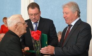 dp.uz.gov.ua: На Придніпровській магістралі вшанували ветеранів-залізничників
