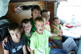 dp.uz.gov.ua: У рамках благочинної акції Укрзалізниці на Придніпровській магістралі в липні безкоштовно перевезли 270 дітей