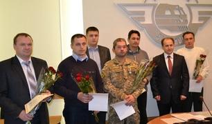 dp.uz.gov.ua: З нагоди Дня захисника України на Придніпровській магістралі вшанували залізничників-учасників АТО
