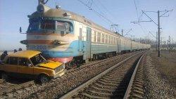 dp.uz.gov.ua: Березень на Придніпровській залізниці почався з трагедії на залізничному переїзді