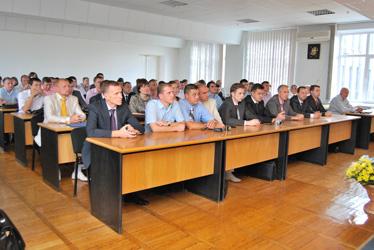dp.uz.gov.ua: Отримали магістерські дипломи міжнародного зразка