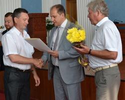 dp.uz.gov.ua: З нагоди Дня Конституції України на Придніпровській залізниці нагородили кращих працівників
