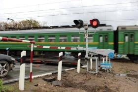 dp.uz.gov.ua: У Запорізькій області водій легковика спричинив ДТП на залізничному переїзді