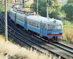 dp.uz.gov.ua: Приміські перевезення за серпень