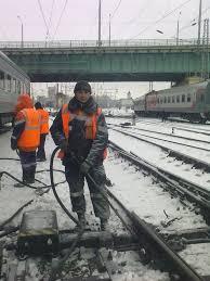dp.uz.gov.ua: Придніпровська залізниця працює у звичному режимі, триває очищення інфраструктури від снігу