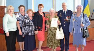 dp.uz.gov.ua:   На Придніпровській залізниці привітали ветеранів
