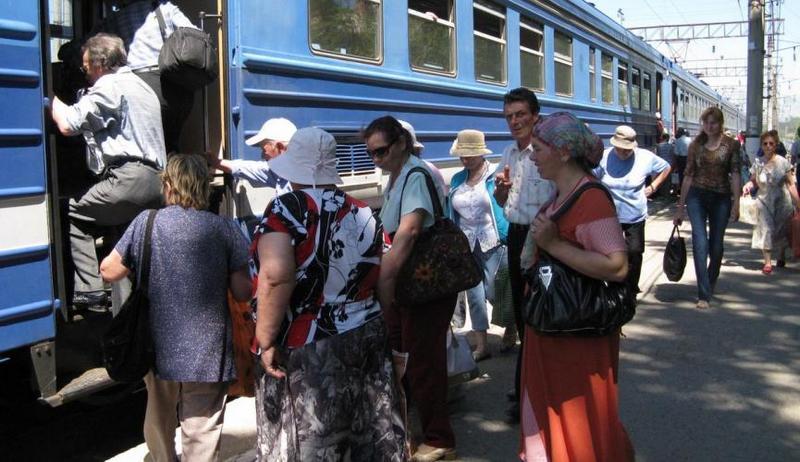 dp.uz.gov.ua: За сім місяців 2019 року придніпровські залізничники  в приміському сполученні перевезли на 6 % більше пасажирів пільгових  категорій, ніж торік