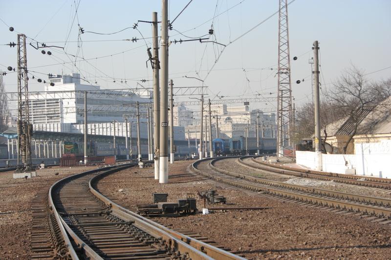 dp.uz.gov.ua: Придніпровські залізничники поновили на шляху прямування швидкісних пасажирських потягів 25 км колії та 36 стрілочних переводів