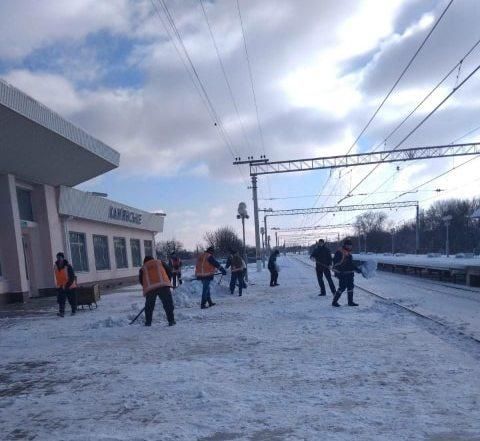 dp.uz.gov.ua: Попри складні погодні умови, Придніпровська залізниця працює без збоїв