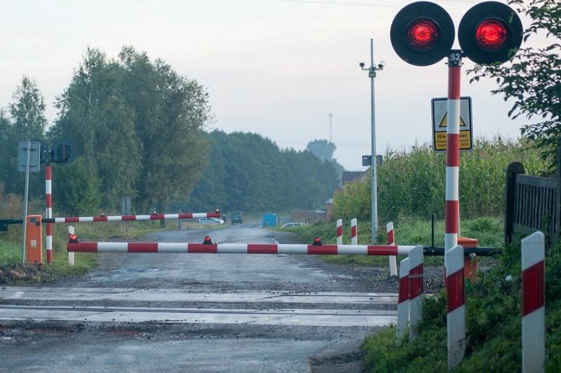 dp.uz.gov.ua: Через необережність водіїв автотранспорту у 2020 році кількість ДТП на переїздах та коліях Придніпровської залізниці зросла вдвічі