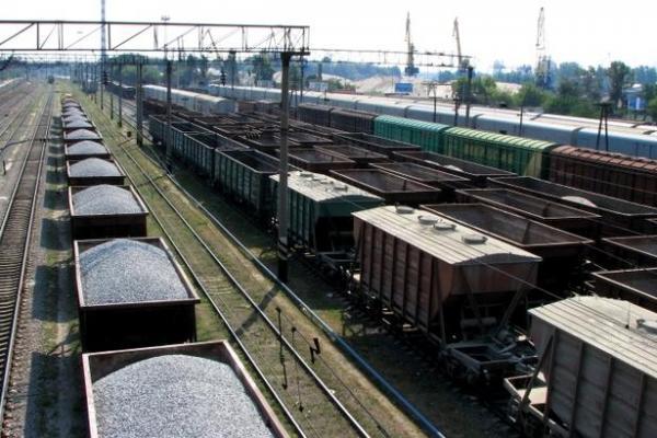 dp.uz.gov.ua: За сім місяців придніпровські залізничники навантажили майже 57,4 млн тонн вантажів