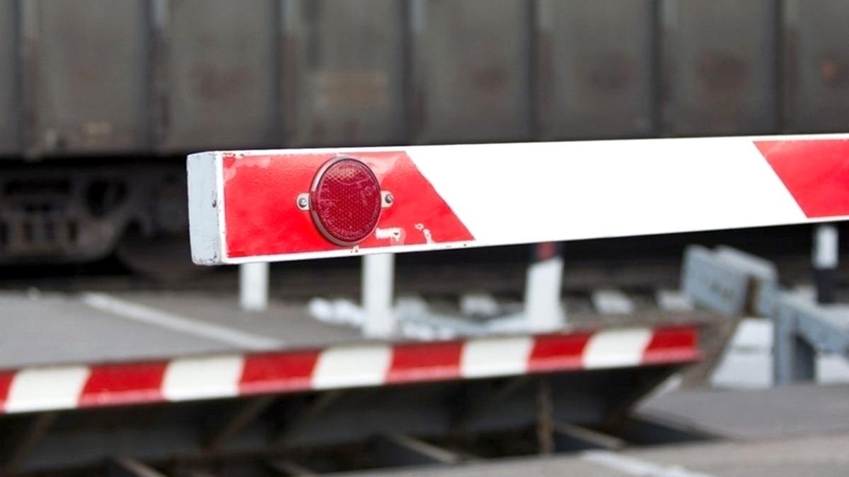 dp.uz.gov.ua: У січні-жовтні 2020 року водії автотранспорту скоїли 11 ДТП                   на переїздах та коліях Придніпровської залізниці