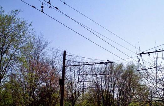 dp.uz.gov.ua: У 2020 році енергетики Придніпровської залізниці оновили контактну мережу на напрямках активного руху поїздів