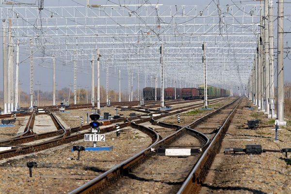 dp.uz.gov.ua: У 2020 році на Придніпровській залізниці встановили                                понад 560 захисних пристроїв для інфраструктури СЦБ