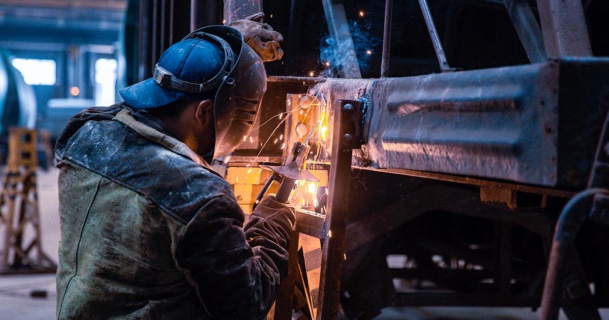 dp.uz.gov.ua: У 2021 році придніпровські залізничники на 7,6% збільшили обсяги ремонтів вантажних вагонів