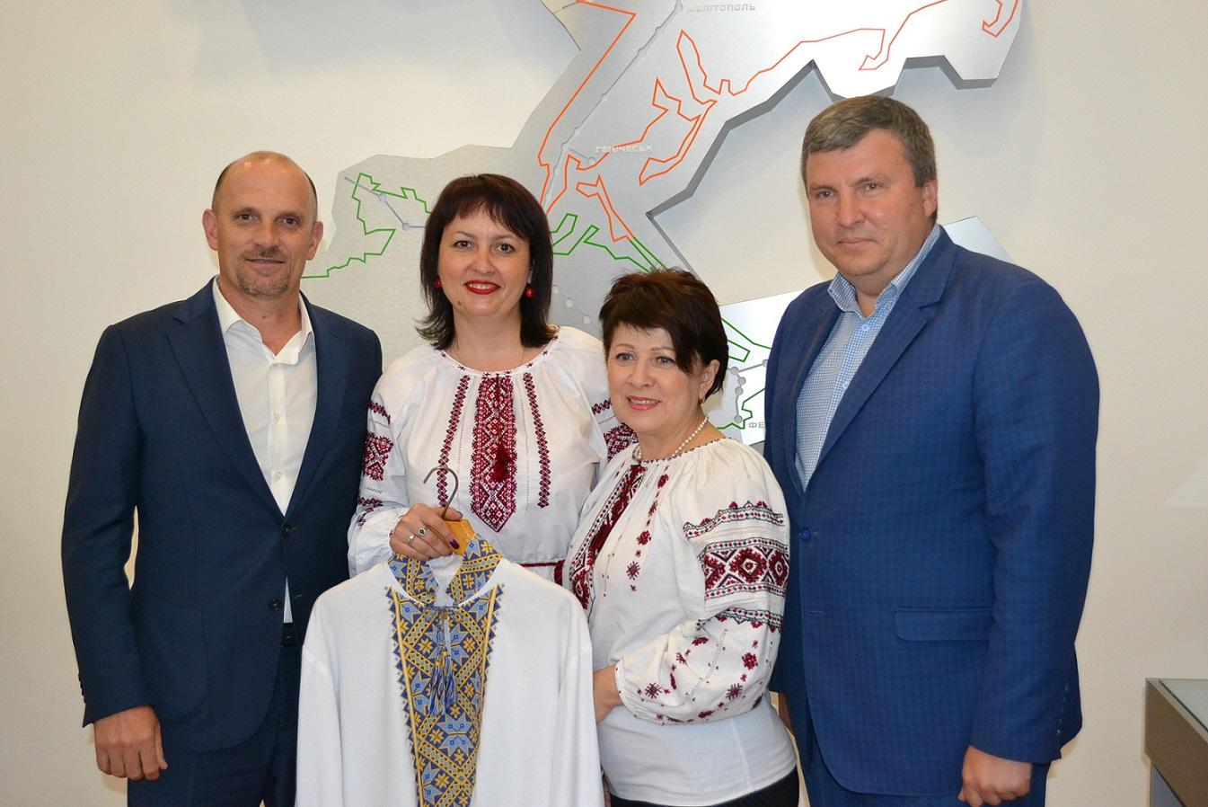 dp.uz.gov.ua: На Придніпровській залізниці підбили підсумки конкурсу «Залізнична вишиванка»