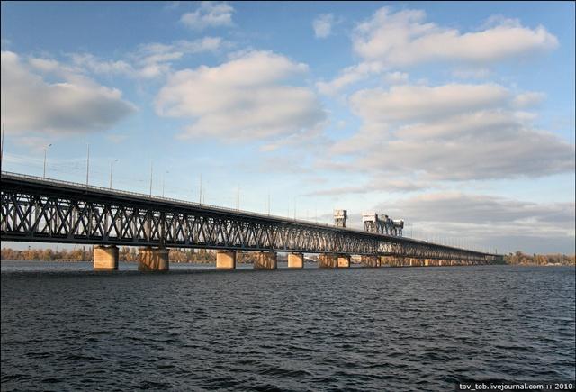 dp.uz.gov.ua: На Придніпровській залізниці оновили мостове полотно ще на одному прогоні залізничного мосту через р. Дніпро