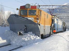 dp.uz.gov.ua:  На Придніпровській залізниці снігоборотьба йде в робочому режимі