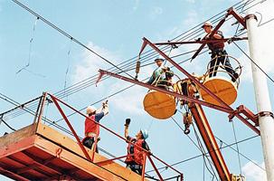 dp.uz.gov.ua: Значні обсяги робіт з оновлення контактної мережі та засобів електрифікації