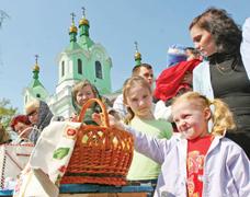 dp.uz.gov.ua: На Великодні свята пасажири залізниці оформили майже 80 тис. квитків