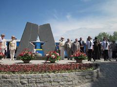 dp.uz.gov.ua: На Запорізькій дитячій залізниці відкрили пам'ятний знак до Дня Перемоги