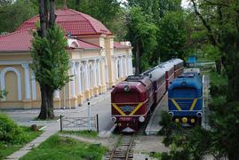 dp.uz.gov.ua: За перший день роботи дитяча залізниця перевезла близько 300 пасажирів