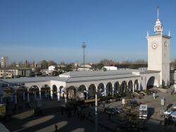 dp.uz.gov.ua: Із  07:00 вокзал Сімферополь приймає і відправляє поїзди