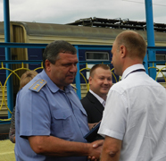 dp.uz.gov.ua: Нагороджено залізничників, які відзначились на реконструкції платформи Проспектна