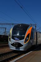 dp.uz.gov.ua: На магістралі пройшла пробна поїздка швидкісного електропоїзда «Хюндай»