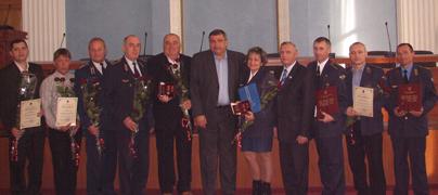 dp.uz.gov.ua: Високі нагороди - придніпровським залізничникам